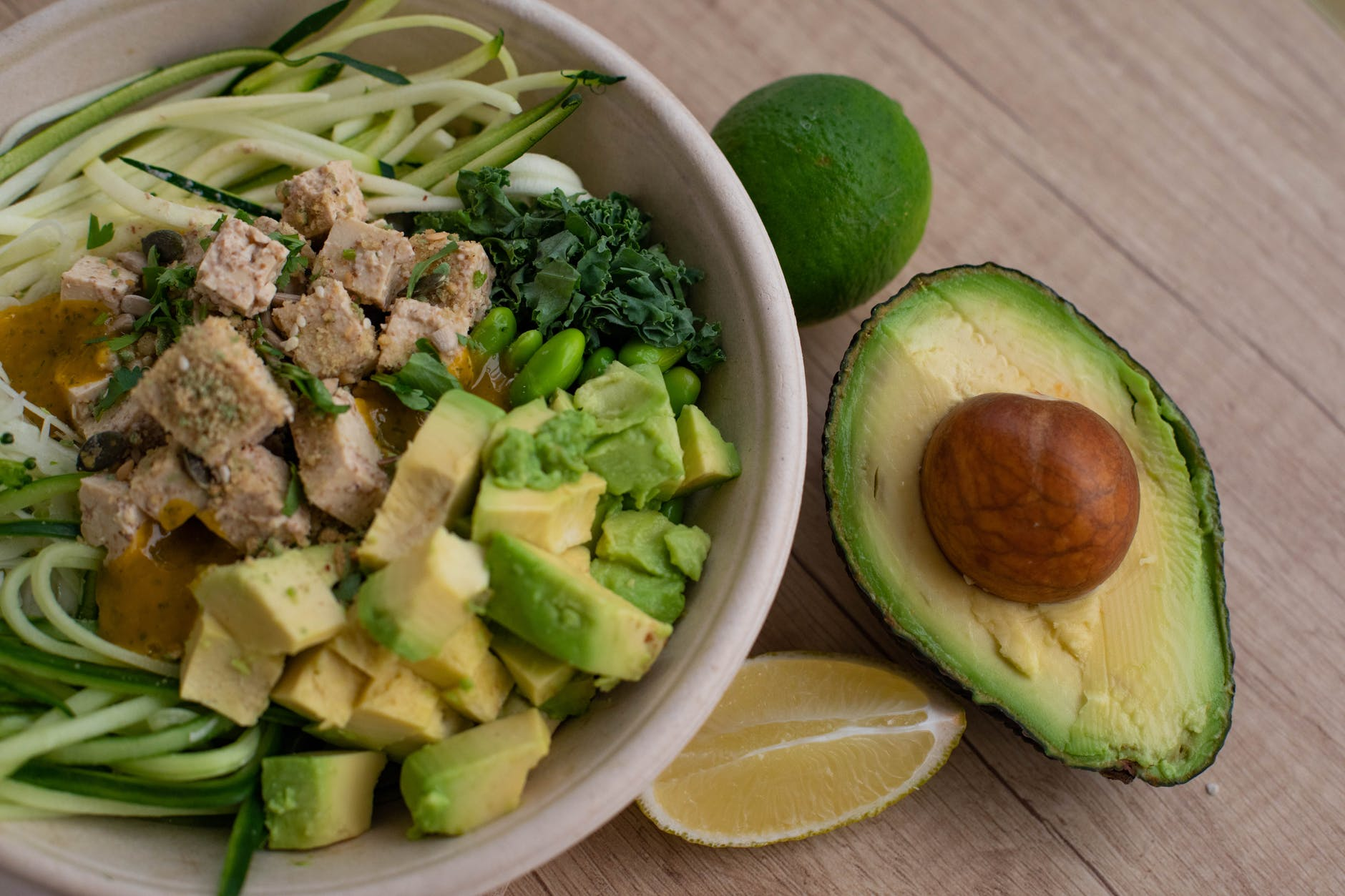 diet-for-glowing-skin-Avocados