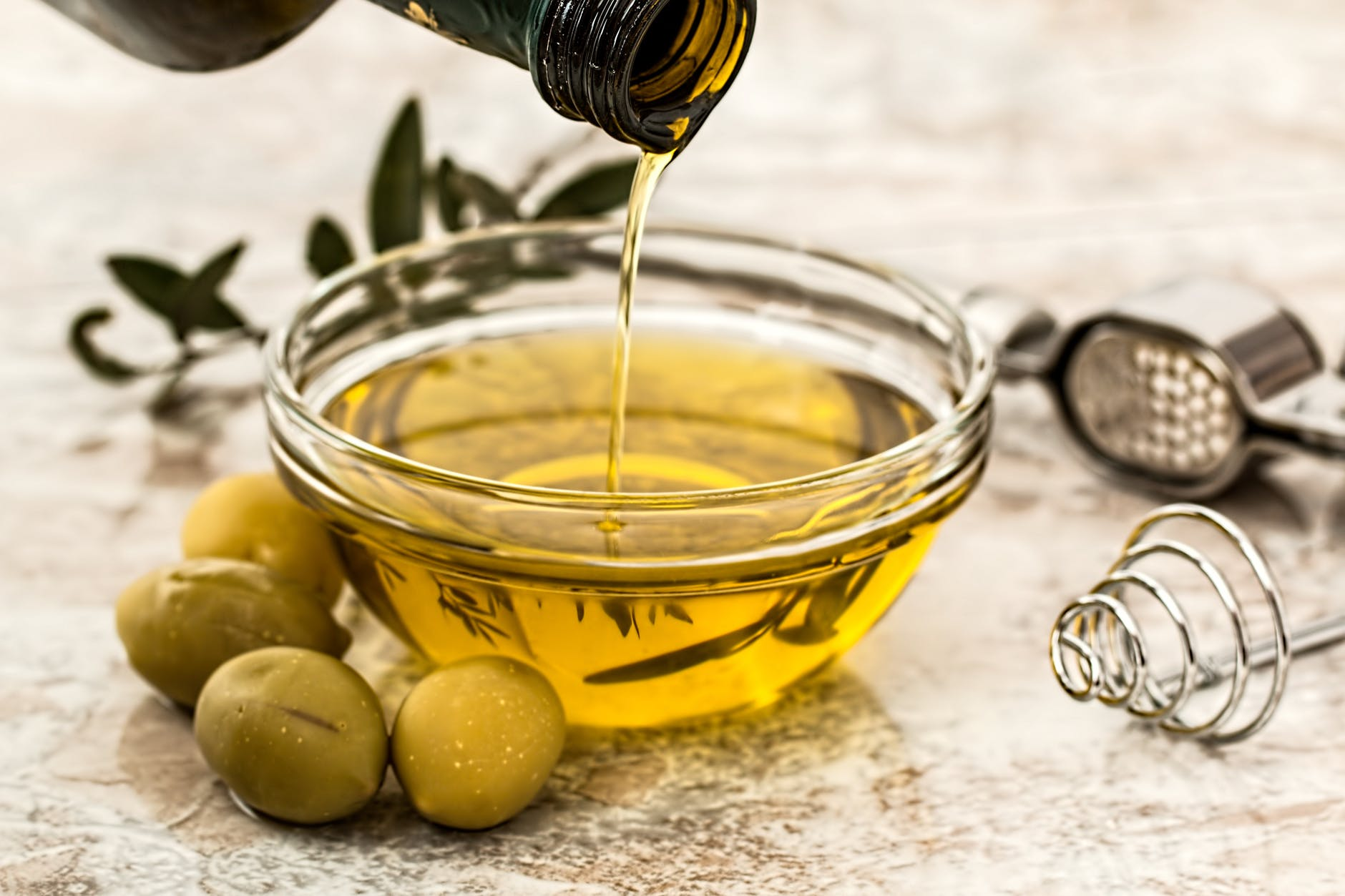 diet-for-glowing-skin-Olive_Oil