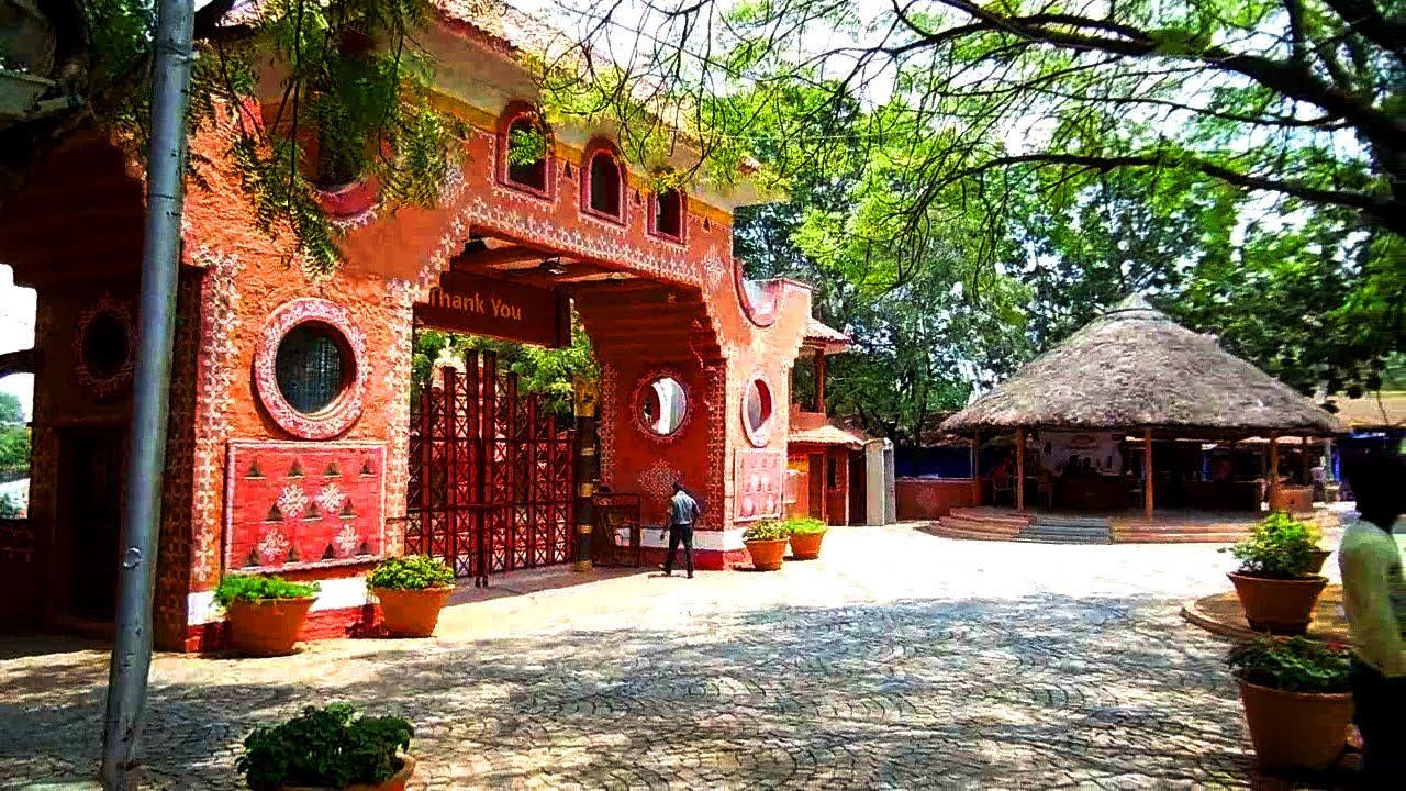 Best_Places_To_Visit_Hyderabad_Shilparamam