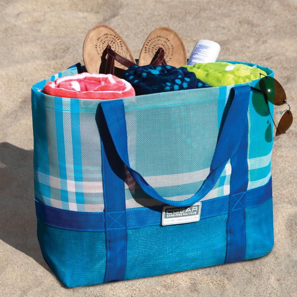 how-to-pack-for-a-beach-day-beach-bag