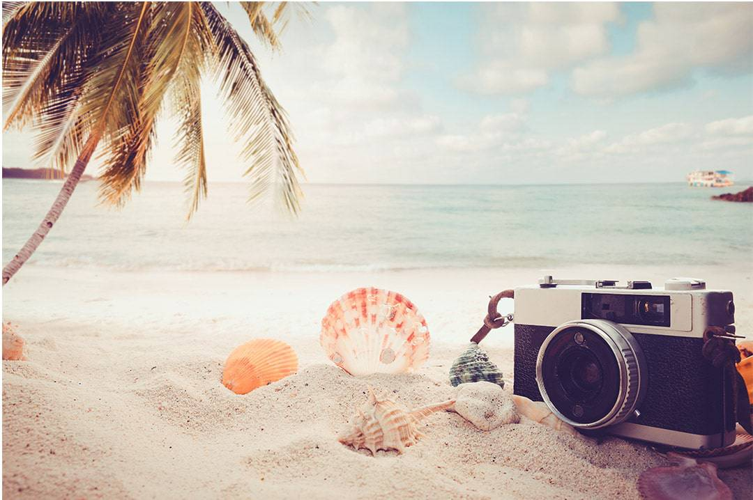 how-to-pack-for-a-beach-day-camera