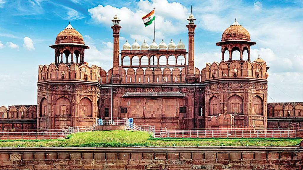 10yearchallenge-delhi-have-not-changed-red-fort-image