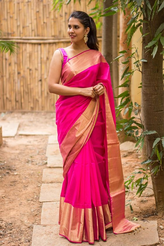 outfit-ideas-for-wedding-guest-evergreen_saree