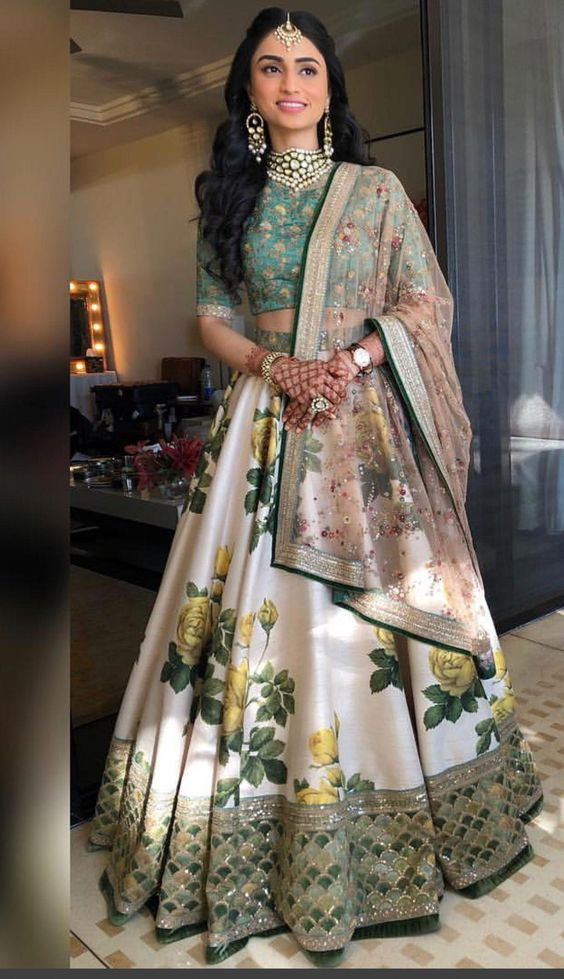 15 Indian Wedding Guest Outfit Ideas To Make A Statement This