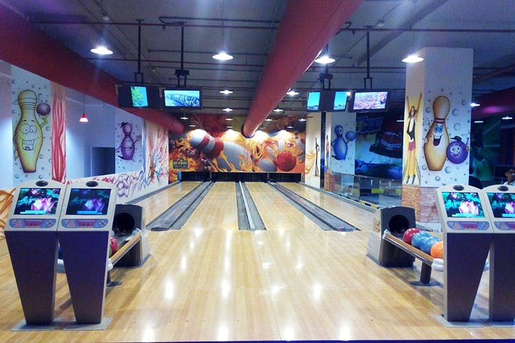 best-bowling-alleys-pune-King-of-Games-image