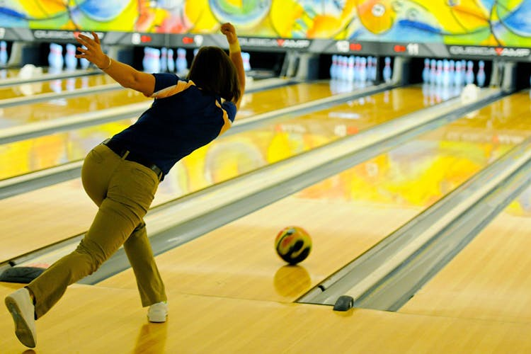 best-bowling-alleys-pune-bluo-image