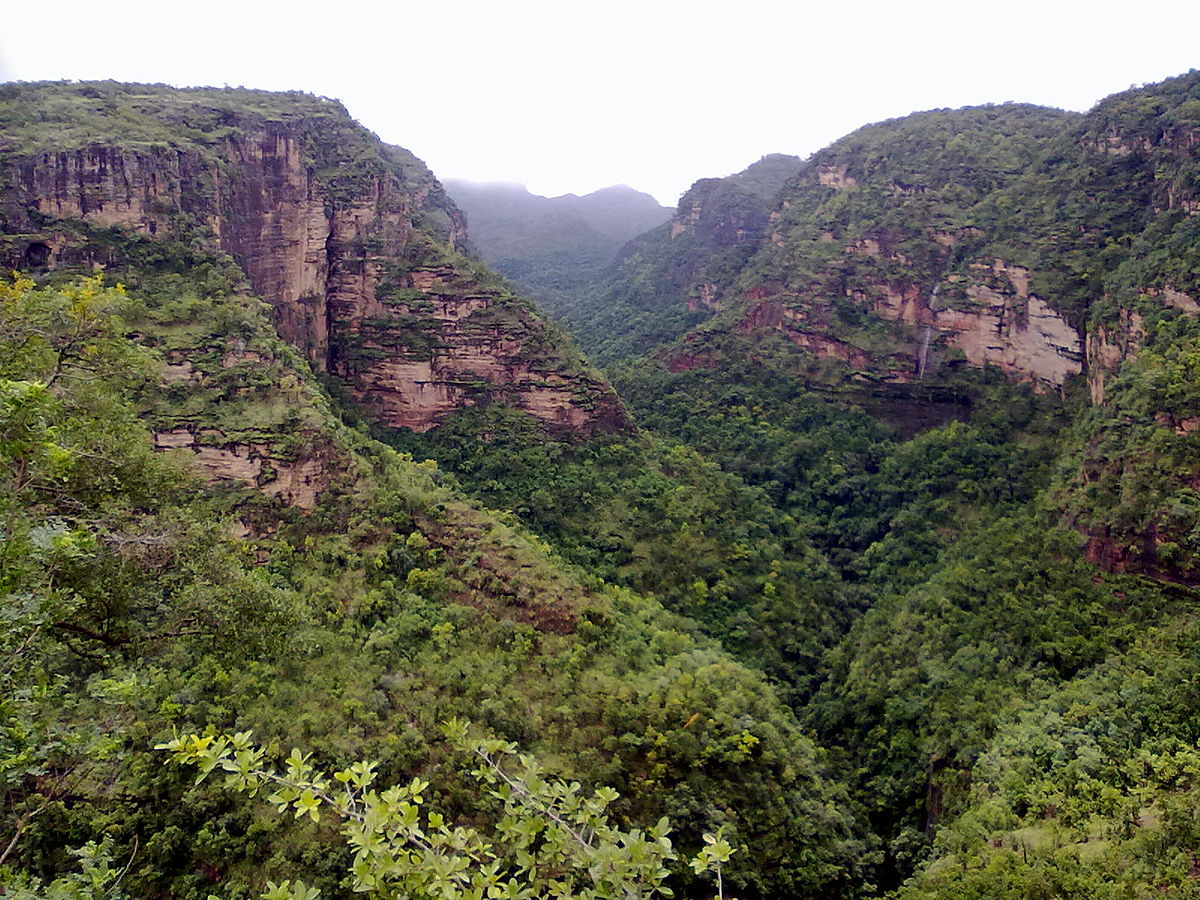 top-10-biosphere-reserves-india--Pachmarhi_valley_Madhya_Pradesh_Image