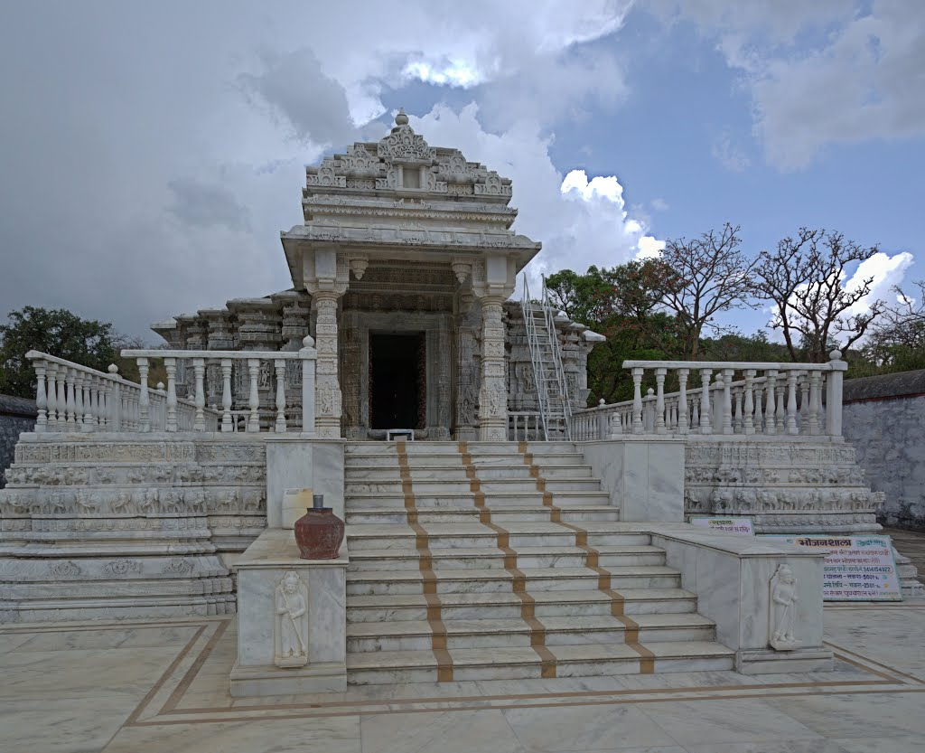 travelogged-16-things-to-do-mount-abu-achal-gadh_image