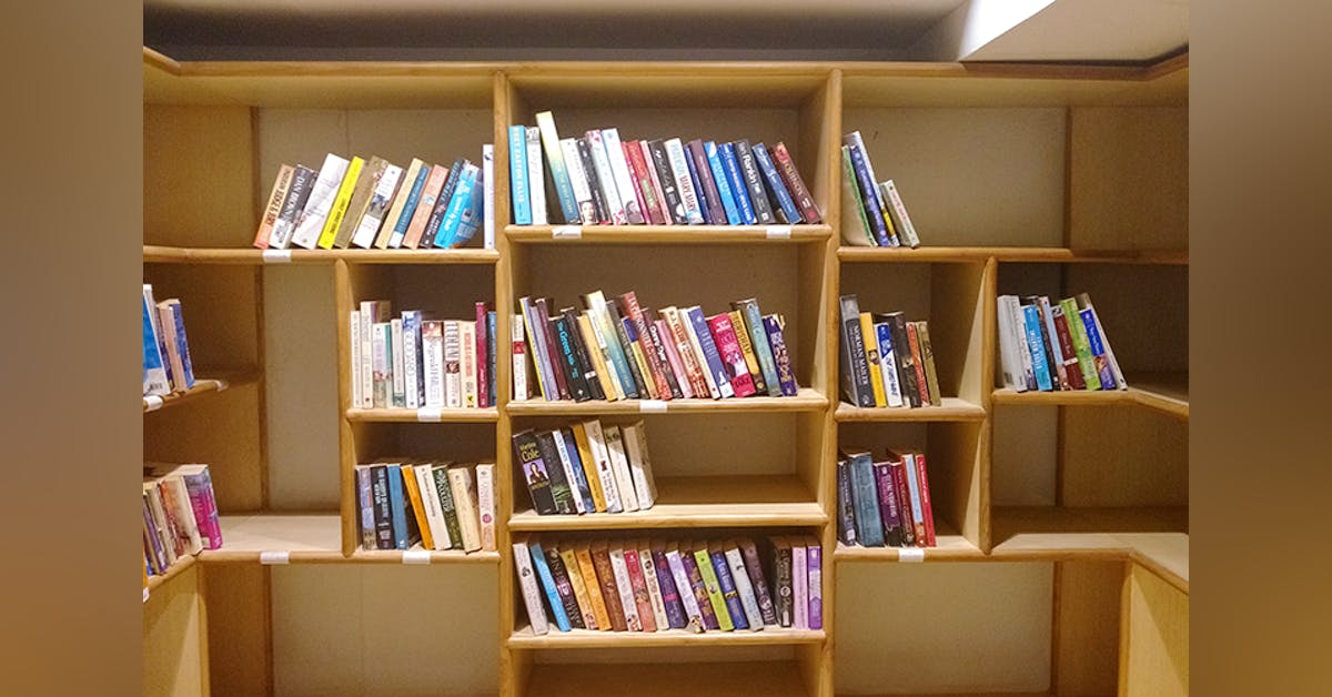 best-libraries-gurgaon-Read-between-the-lines_image