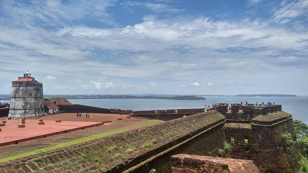 aguada-fort-best-places-to-visit-in-goa_image
