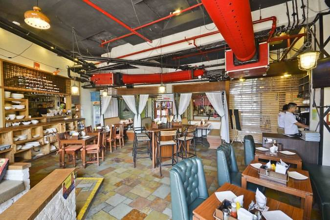 cafe-delhi-heights-vasant-kunj_image