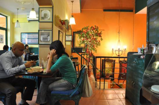 best-book-cafes-in-delhi-cafe-turtle_image