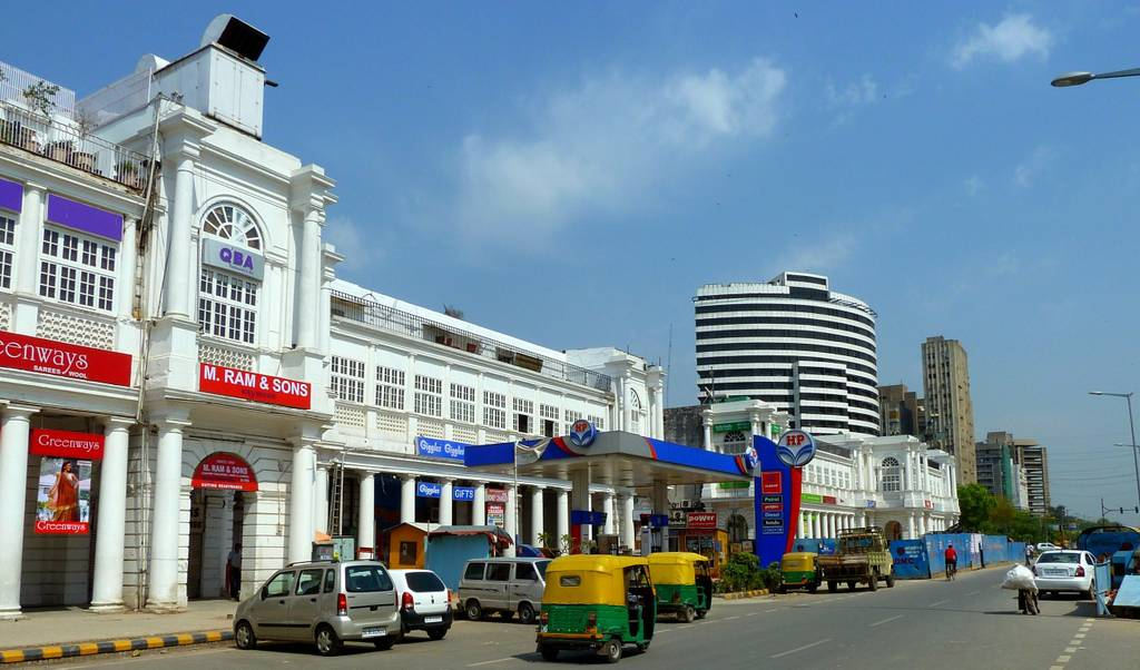 connaught-place-best-places-to-visit-in-delhi_image