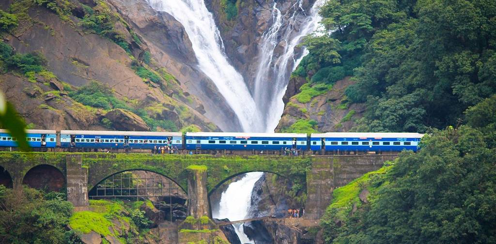dudhsagar-falls-best-places-to-visit-nearby-goa_image