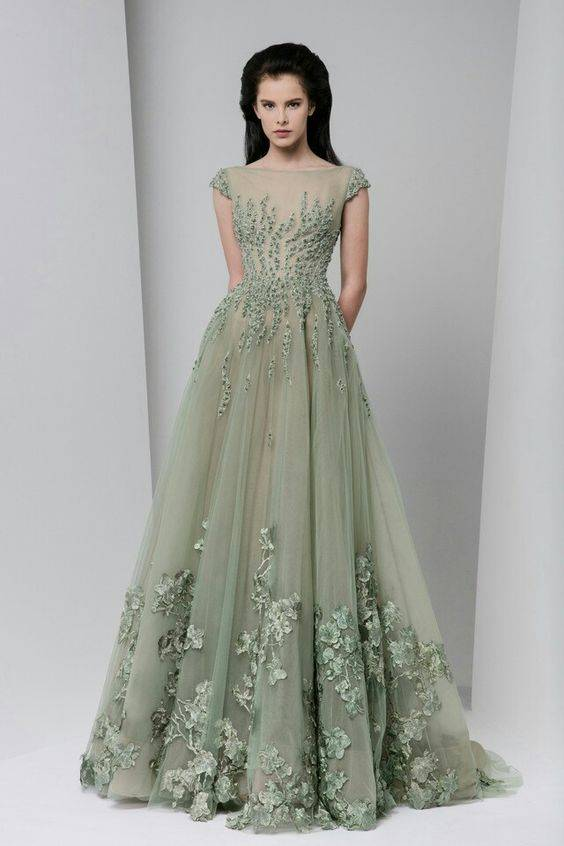 116b66f9745 16 Indian Wedding Gowns For Trending Bridal Wear