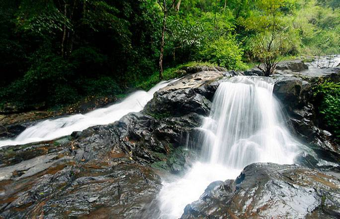 8 Picturesque Waterfalls In India To Cure Your Wanderlust