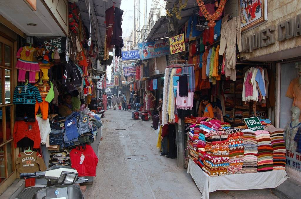 karol-bagh-best-places-to-visit-in-delhi_image