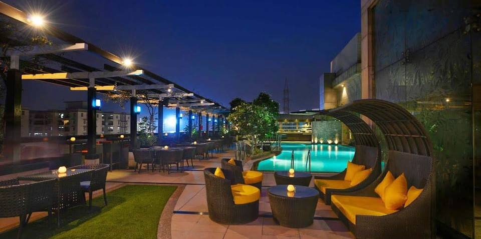 luxurious_restaurants_gurgaon_sky_lounge_image