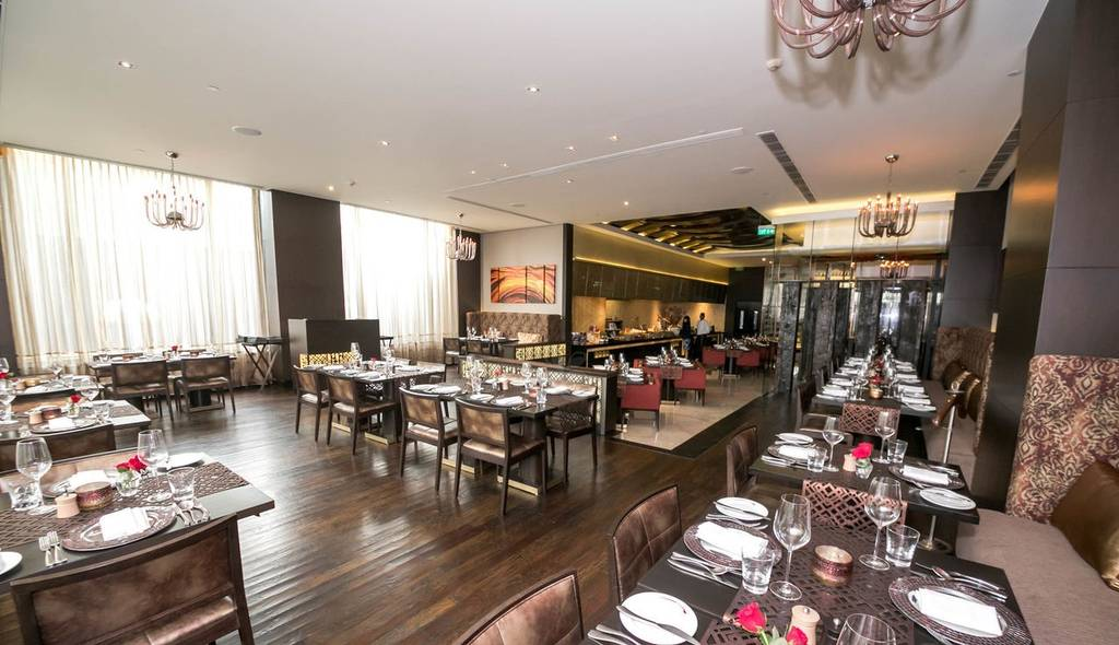 luxurious_restaurants_gurgaon_wildfire_image