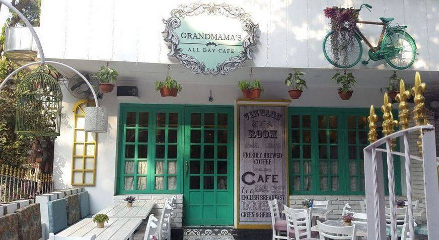 grandmama's-cafe-best-places-to-visit-in-mumbai_image