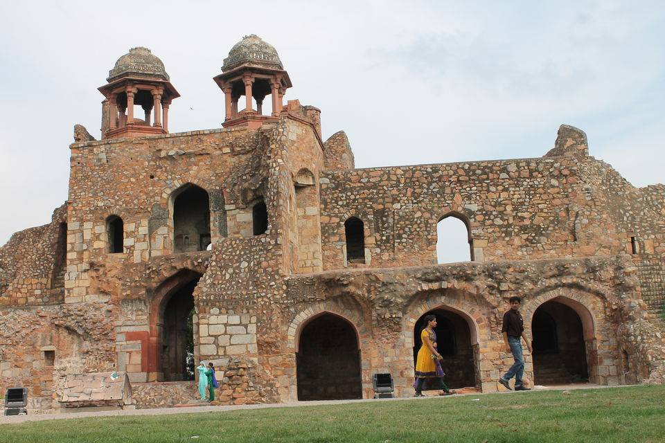 old-fort-best-places-to-visit-in-delhi_image