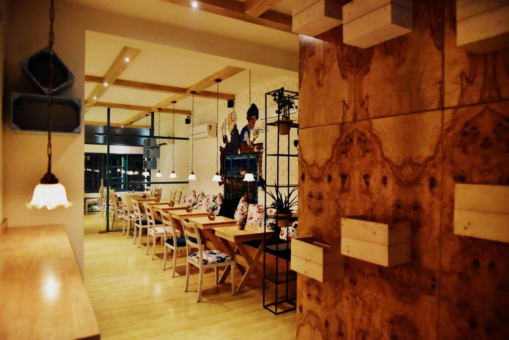 the-brew-room-best-book-cafes-delhi_image