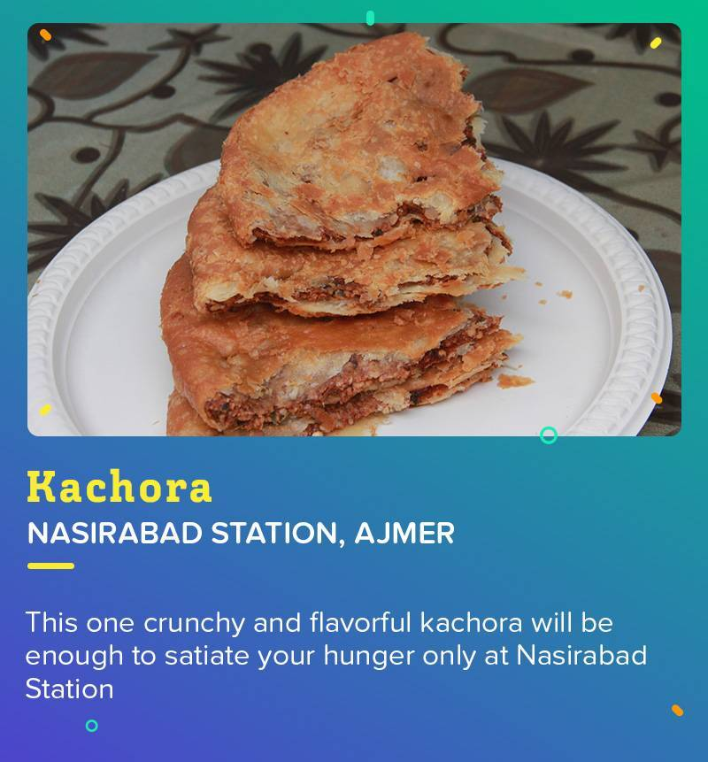 Kachora at Nasirabad Station is a perfect selection for that evening chit-chat