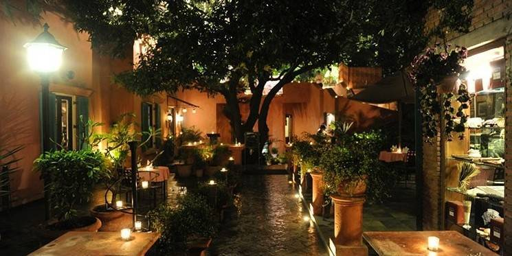 Romantic-Restaurants-In-Delhi-Tonino_image