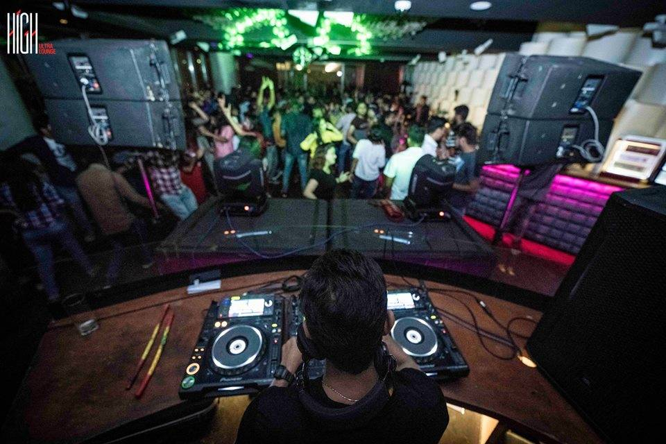 high-ultra-lunge-best-clubs-in-bangalore_image