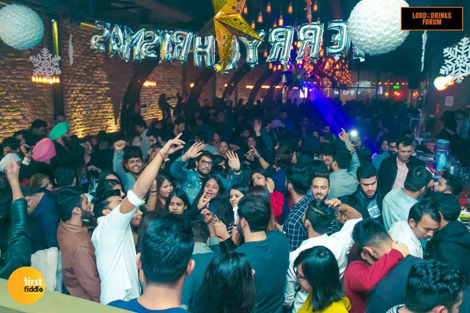 lord-of-the-drinks-best-new-years-eve-parties-in-delhi-ncr-lod-nehru-place_image