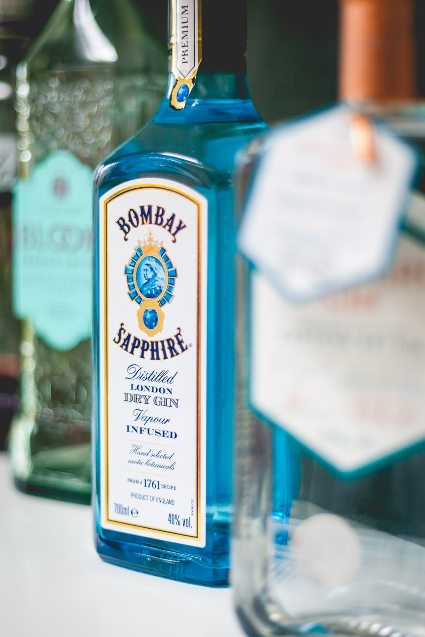 best_gin_brands_india_bombay_sapphire_image