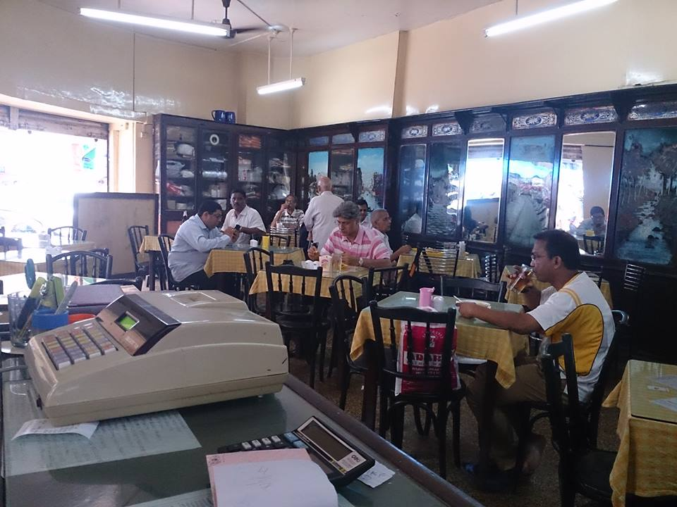 cafe-military-army-themed-restaurants-in-india_image