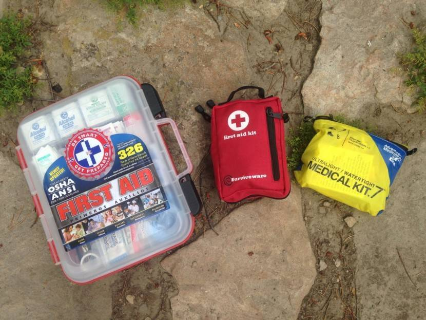 chadar trek first aid kit_image