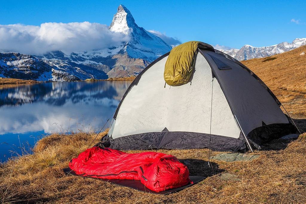 chadar trek sleeping bags for trekking_image