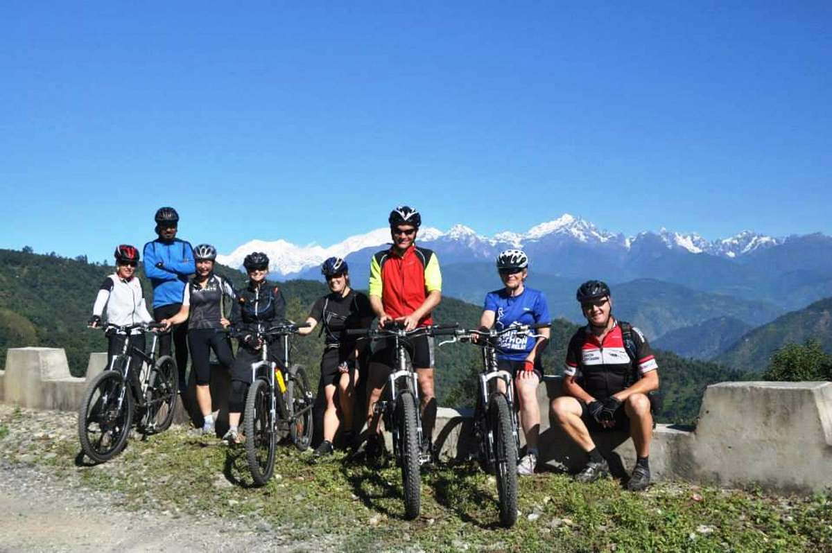 things-to-do-darjeeling-cycling_image
