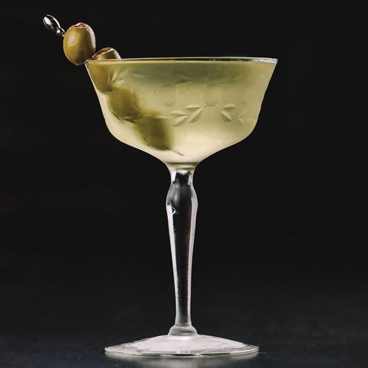 types_of_cocktails_martini_image