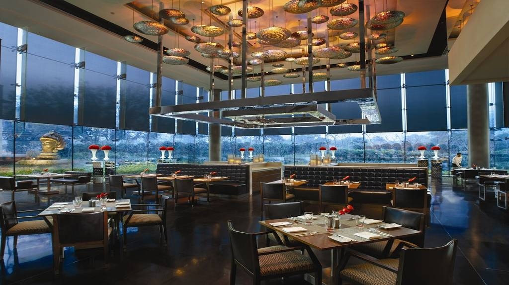 best_fine_dining_restaurants_delhi_akira_back_image