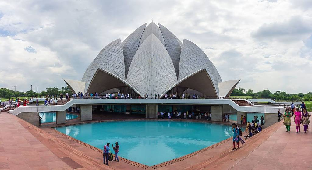 lotus-temple-best-places-to-visit-in-delhi_image