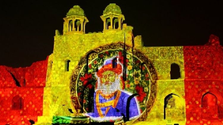 light and sound show at red fort_image