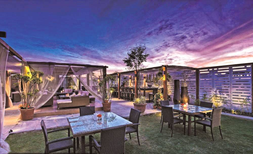 romantic-restaurants-in-south-delhi-kylin-sky-bar_image