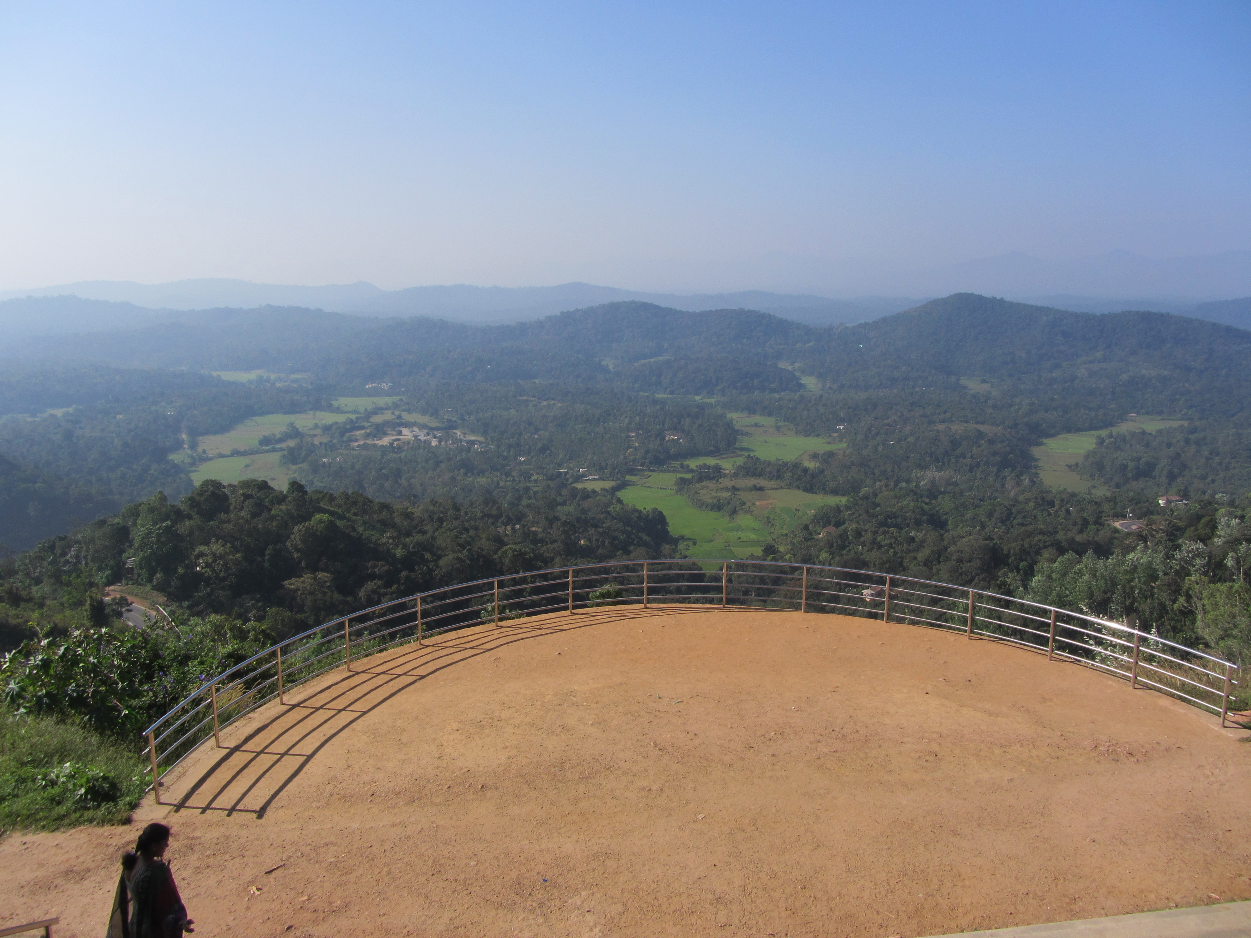 travelogged-12-things-to-do-coorg-rajas-seat_image