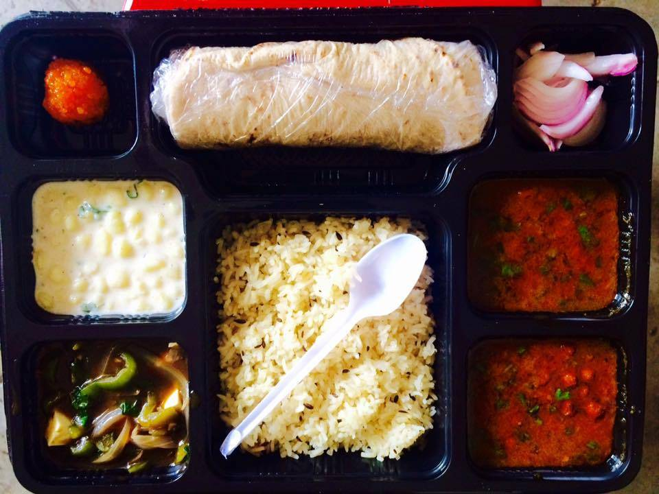 best-tiffin-services-gurgaon-foodstrikers-image