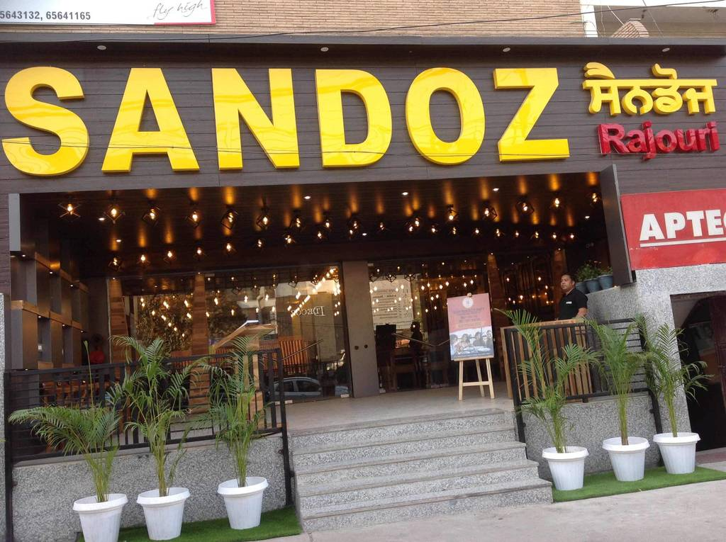 top-romantic-restaurants-rajouri-garden-sandoz-image