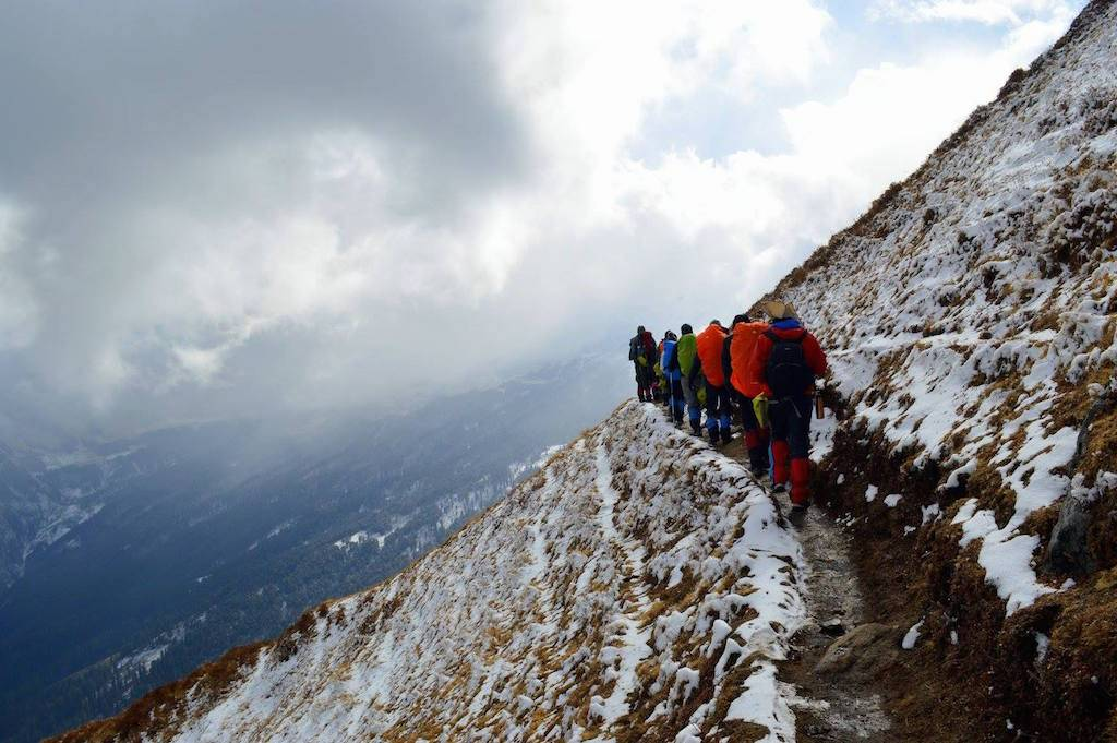 treking in january uttarakhand kuari pass_image